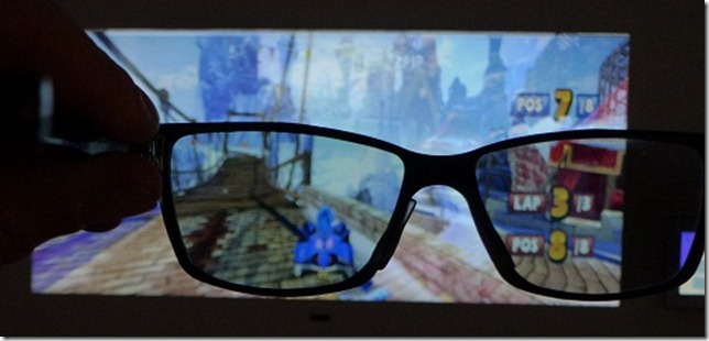 2011: Philips 3D Dual View - Left Side