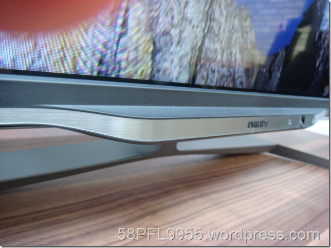 Philips 2013: 7008 Series