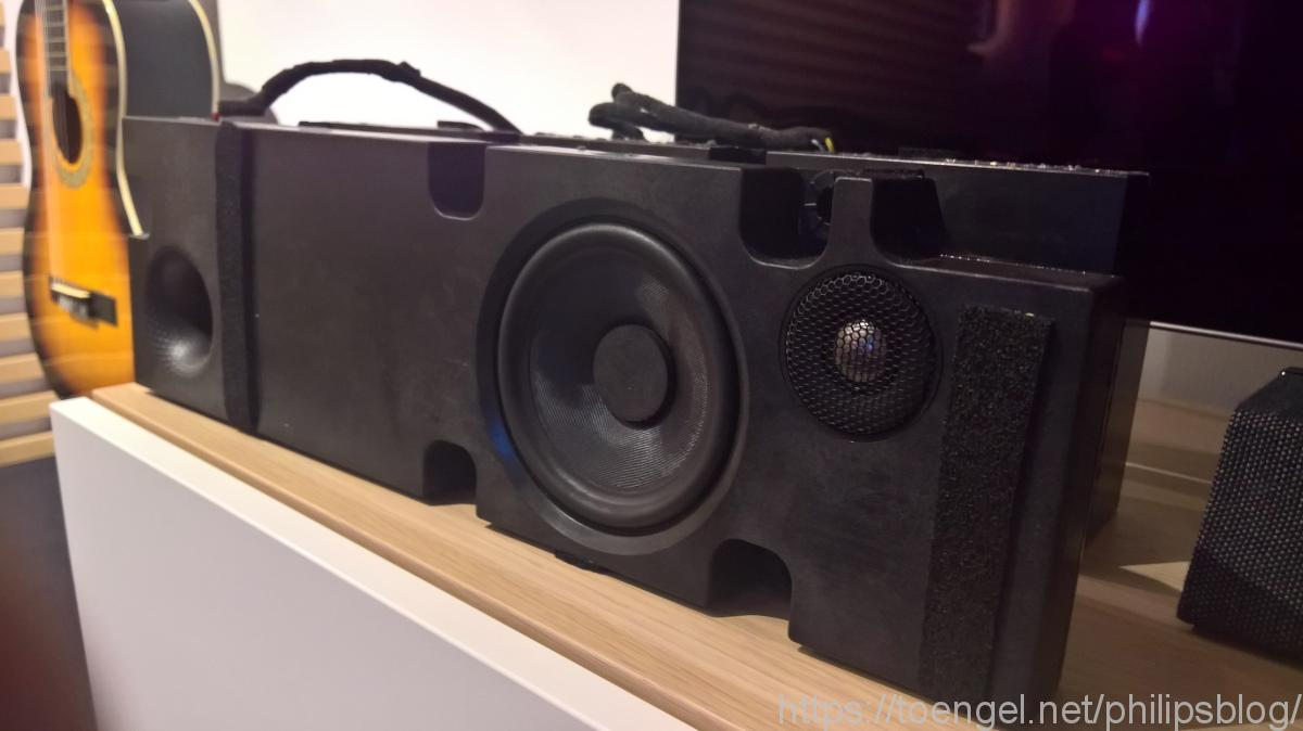 Philips 2019: 65OLED984 Audio rechts